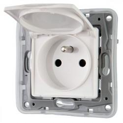 zásuvka v rámiku Legrand Niloe IP44, biela, bez vypinača